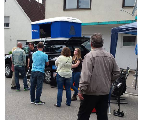 Frühjahrsmesse Jettingen-Scheppach Ausstellung von Dachzelten von Autohome