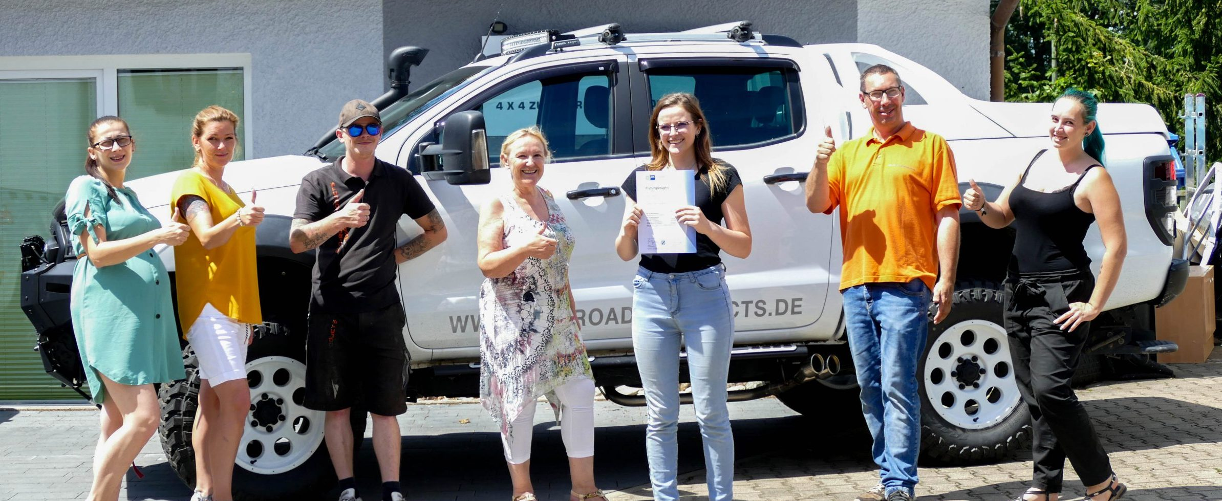Das Off Road Products Team gratuliert seiner Auzubildenen Jasmin Lehner zur bestandenen Abschlussprüfung